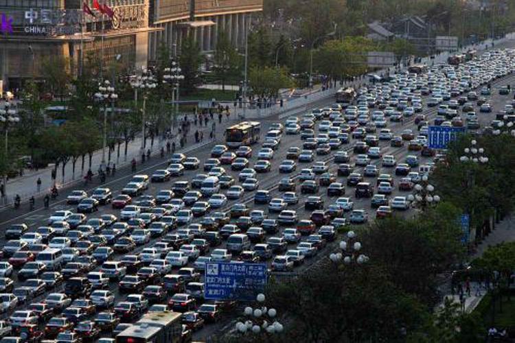 焦点:中国政府推出抑制产能过剩政策  引发各汽车厂商担忧