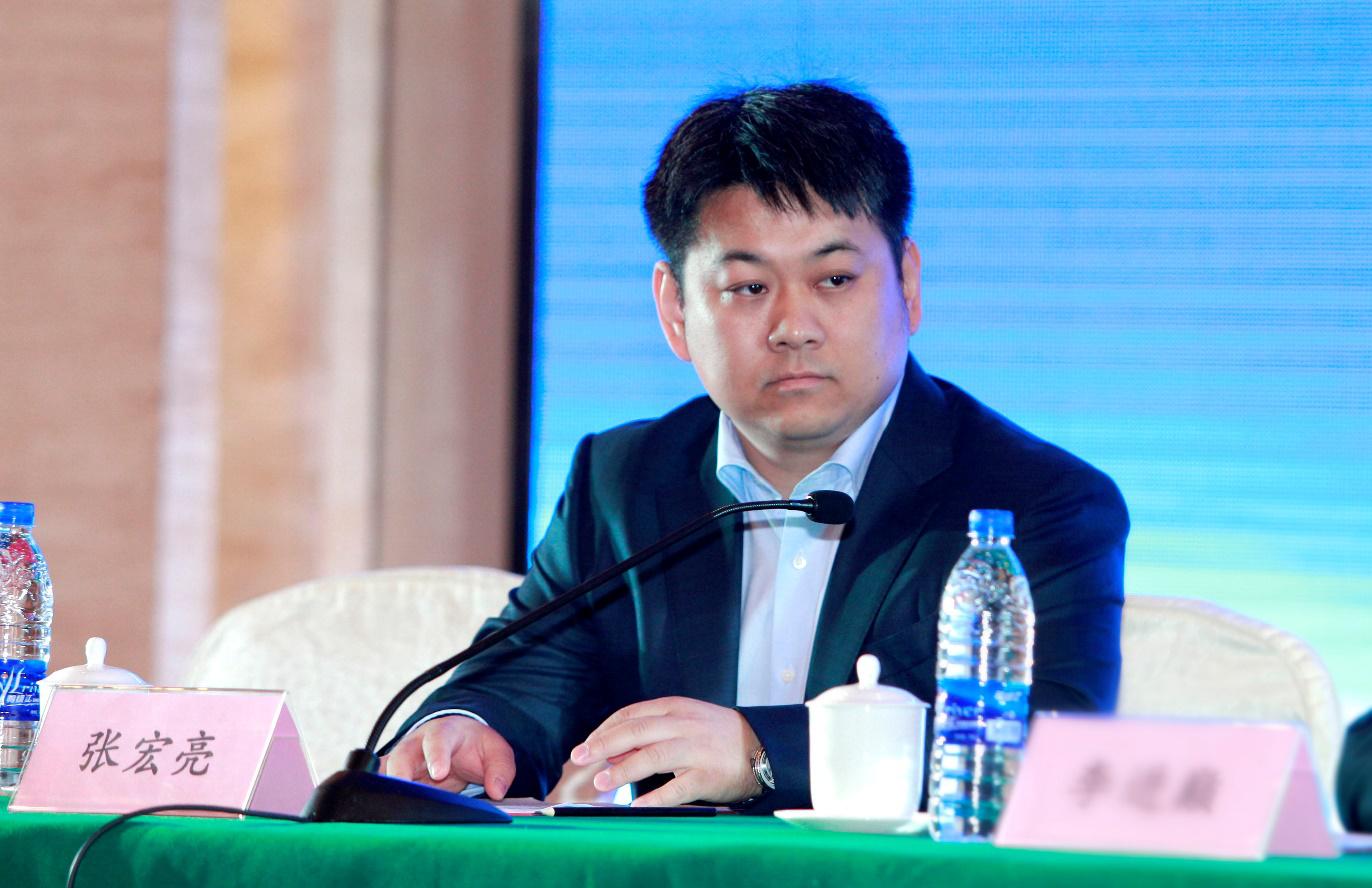 华泰汽车控股曙光股份  持股19.77%股权