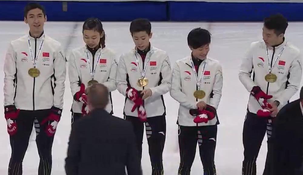 短道世界杯武大靖再夺500米冠军 率队夺混合接力金牌