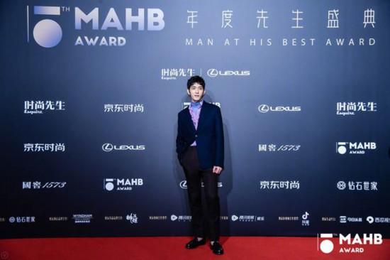 为时代风云加冕第十五届MAHB年度先生盛典礼至京城