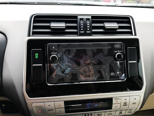 19款丰田霸道2700中东版是一部动感而全能的SUV