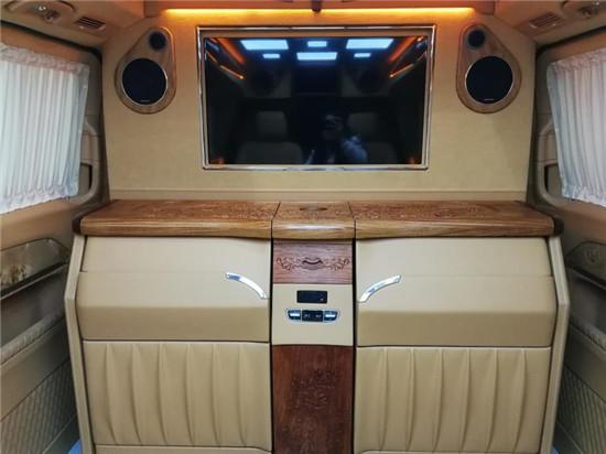 福建奔驰v级商务车价格改装v260官方价15088779054