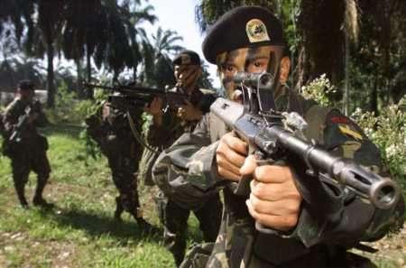 菲政府军与阿布沙耶夫武装交火致8人死亡