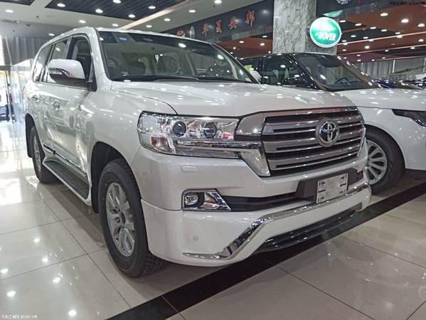 19款进口中东版丰田酷路泽4000现车报价