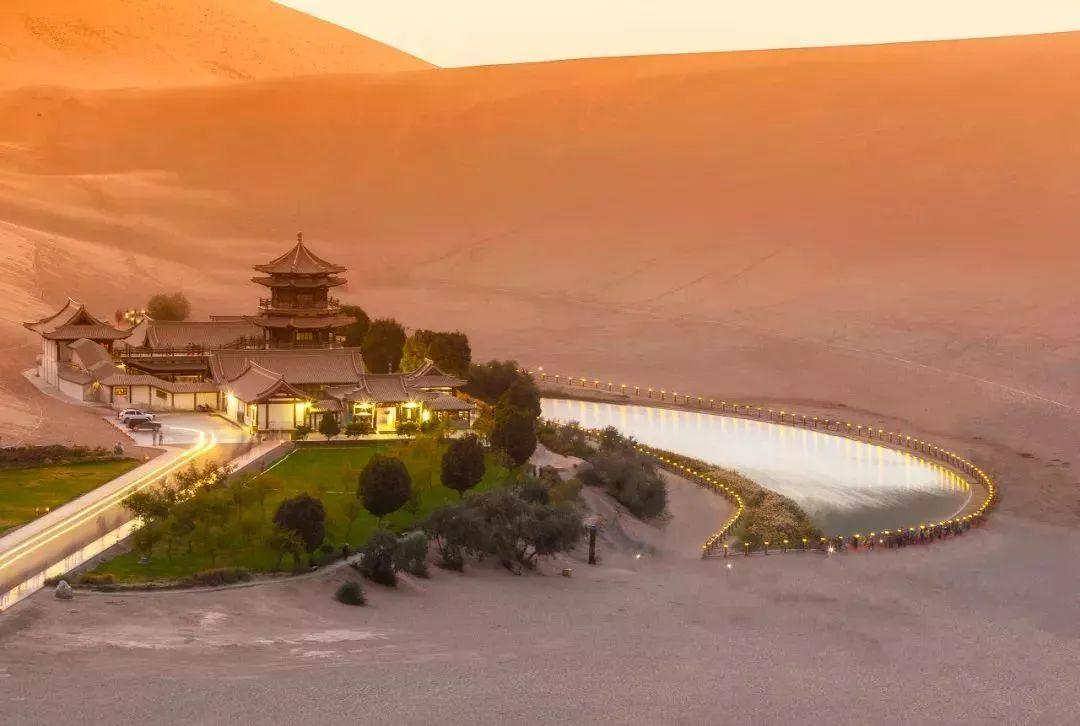力压日本印度_低调美艳的甘肃被评亚洲最佳旅游地No.1!