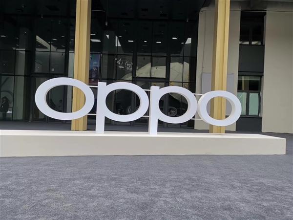 OPPO沈义人展示屏下摄像头技术 打开前置可预览拍摄画面