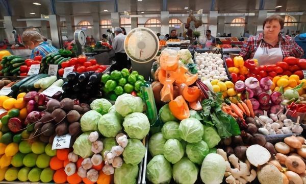 央视:已有有关中国企业进行新的美国农产品采购