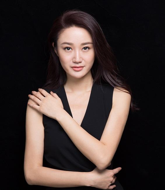 凤凰资讯网_凤凰卫视主持人田桐简介_凤凰卫视