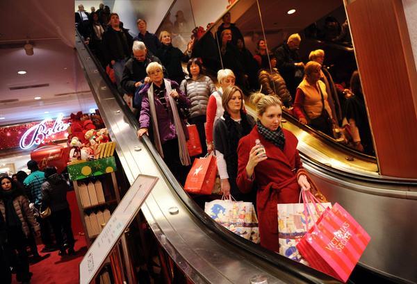 实体零售回暖 美国人假日消费花