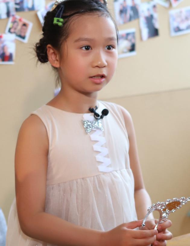 哭笑不得!大女兒問蔣麗莎:為什么生四胎還不死?