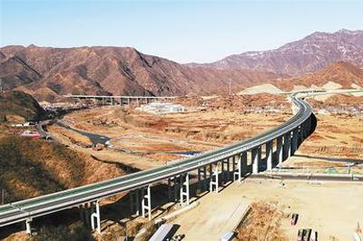 京津冀代表委员共话协同发展:推动交通一体化