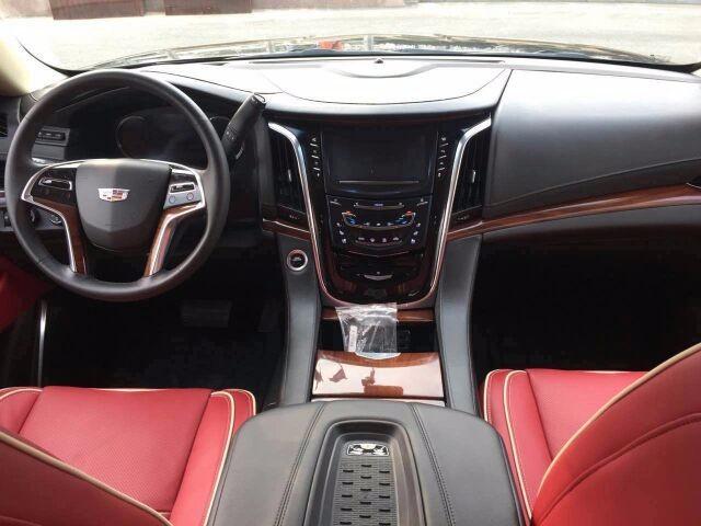 17款凯迪拉克总统一号 顶级豪华SUV大促高清图片