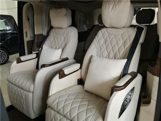 奔驰V250改装迈巴赫版商务符合你的品味