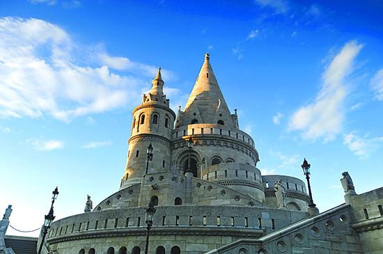 财经资讯_在渔人堡塔尖寻找匈牙利人的根_凤凰旅游